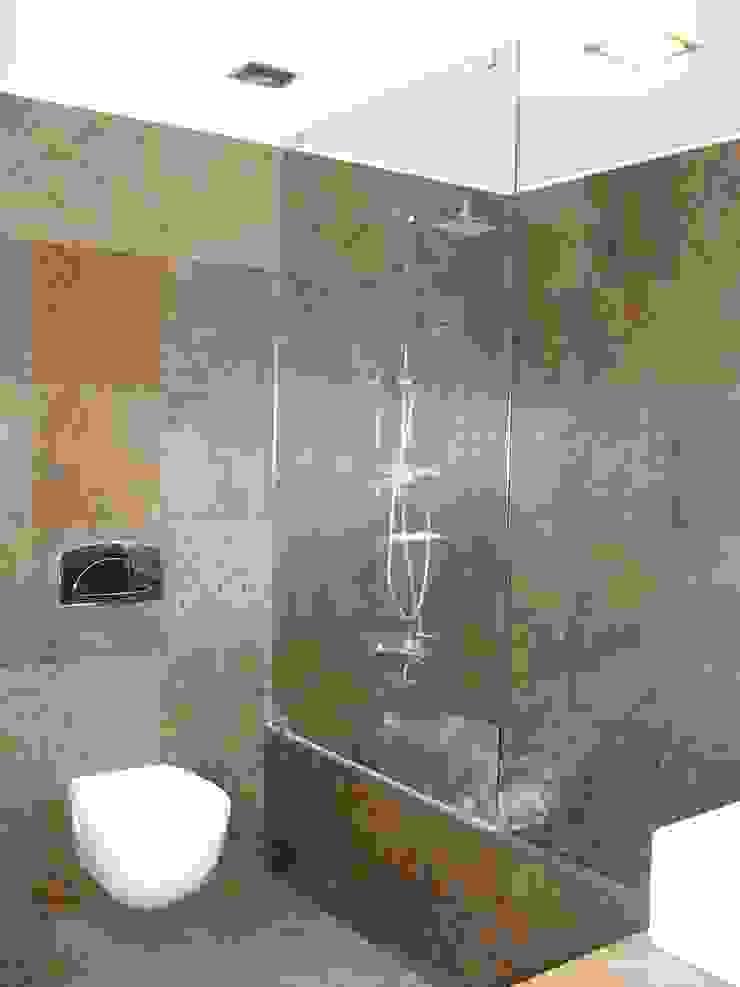 House VL Casas de banho modernas por Cláudia Pinto Silva . arquitecta Moderno