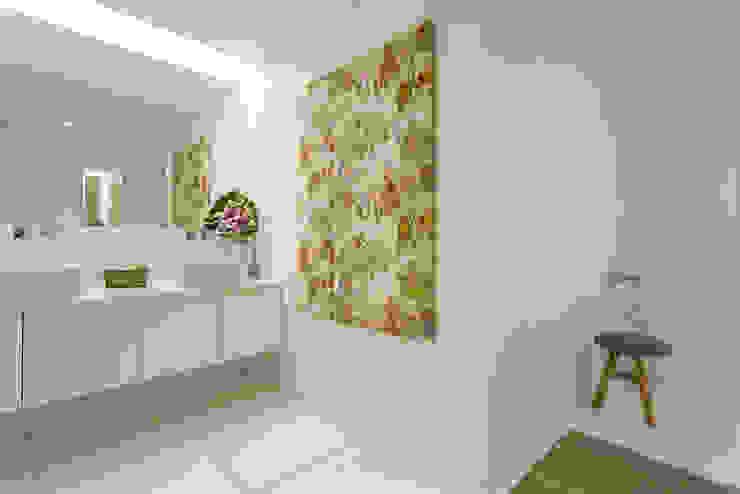 Casa de Banho da Suite Principal Traço Magenta - Design de Interiores Casa de banhoAcessórios