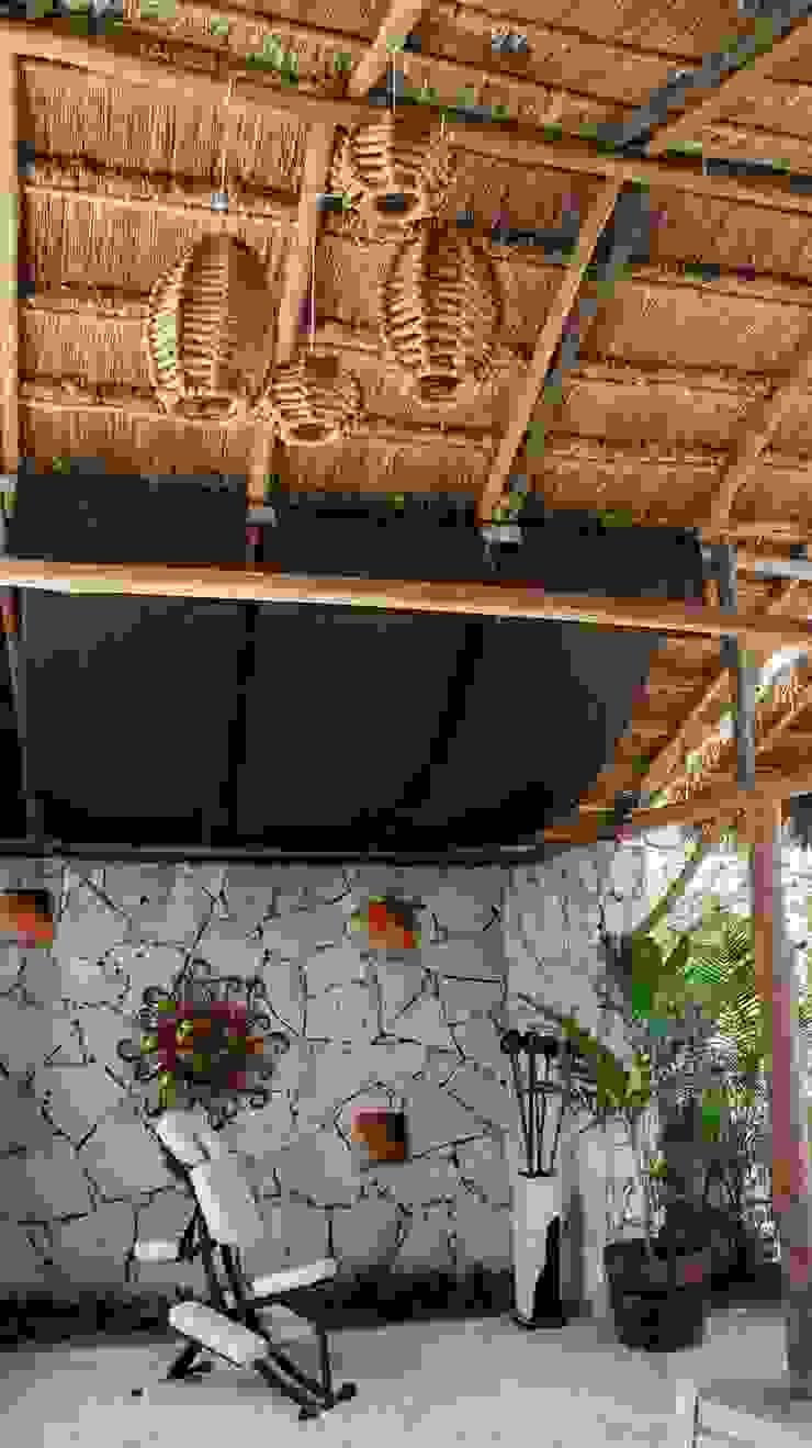 proyecto y obra spa Spa rústicos de FRACTAL CORP Arquitectura Rústico Piedra