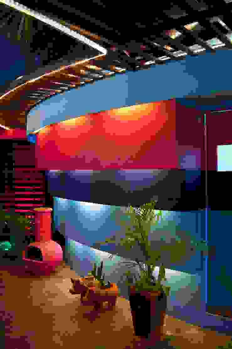proyecto y obra restaurant Casas modernas de FRACTAL CORP Arquitectura Moderno