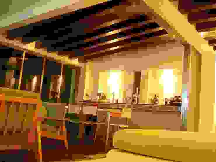 proyecto y obra casa habitacion Salones eclécticos de FRACTAL CORP Arquitectura Ecléctico