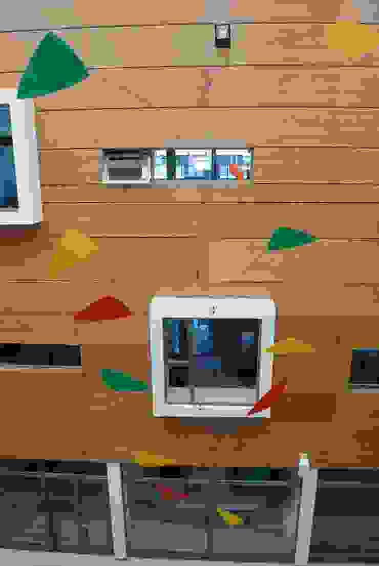 Móvil aéreo hall principal (detalle) de Brito Arte y Diseño Moderno