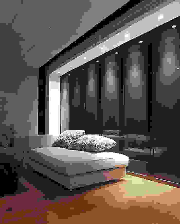 天津 格林園 杜宅 现代客厅設計點子、靈感 & 圖片 根據 直譯空間設計有限公司 現代風