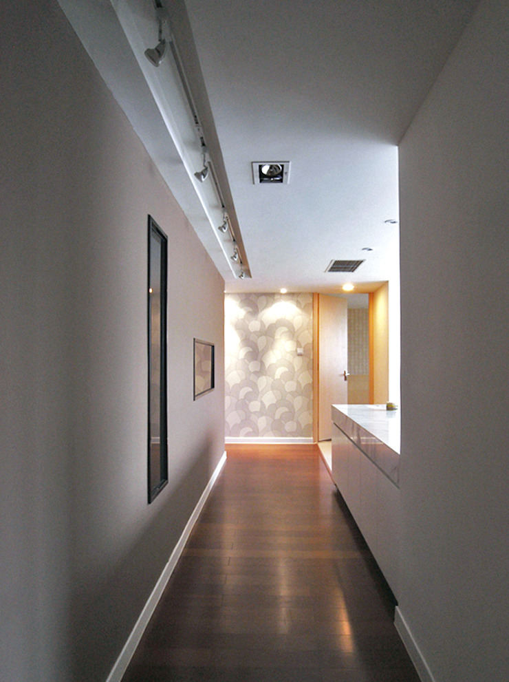 天津 格林園 杜宅 現代風玄關、走廊與階梯 根據 直譯空間設計有限公司 現代風