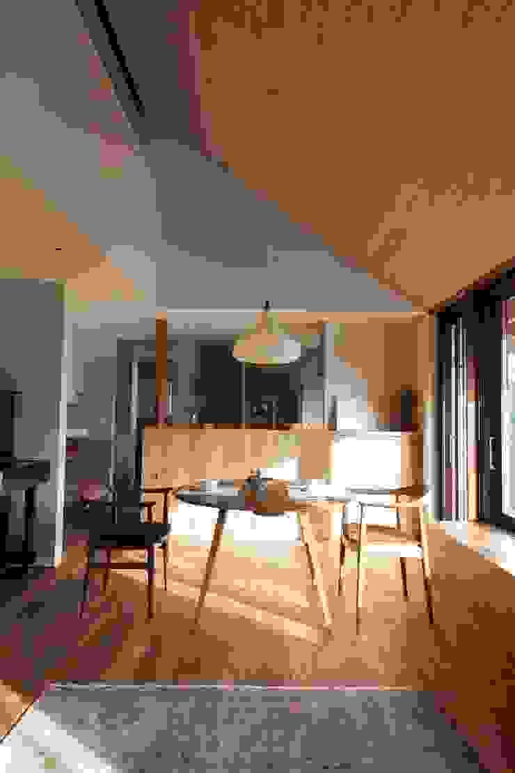 HOUSE IN CHIYOGAOKA モダンデザインの ホームジム の Mimasis Design/ミメイシス デザイン モダン 木 木目調
