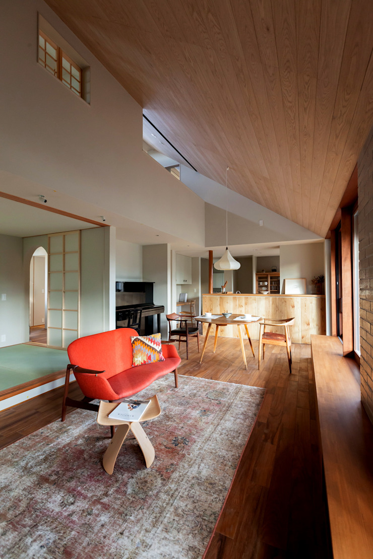 HOUSE IN CHIYOGAOKA Modern living room by Mimasis Design/ミメイシス デザイン Modern Wood Wood effect
