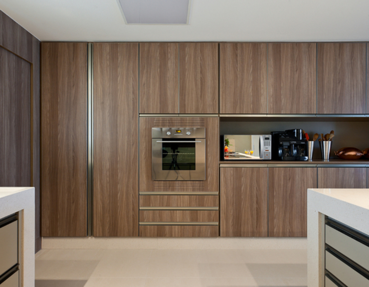 Kitchen by Renata Basques Arquitetura e Design de Interiores, Modern