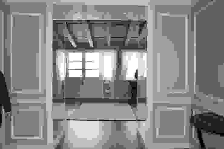 Pasillos, vestíbulos y escaleras de estilo rural de Studio Feiffer & Raimondi Rural
