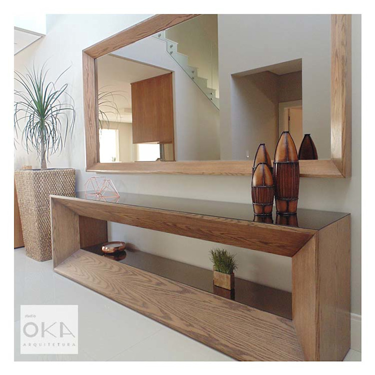 Alphaville Alessandra Orsi - Studio OKA Arquitetura Corredores, halls e escadas minimalistas
