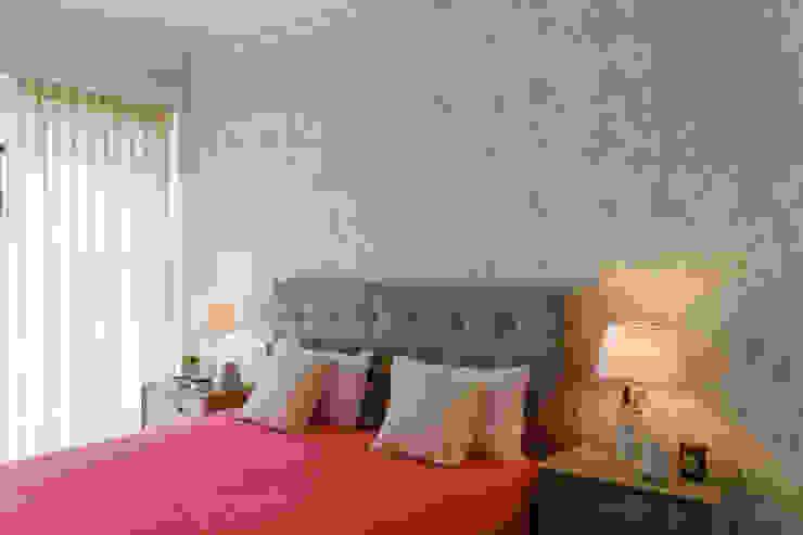 غرفة نوم تنفيذ GF Designers de Interiores, صناعي