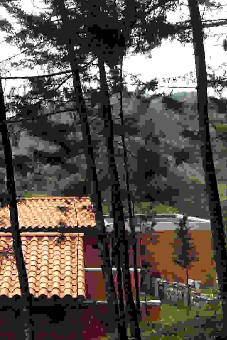 Casa G2 de BASSICO ARQUITECTOS Rural Ladrillos