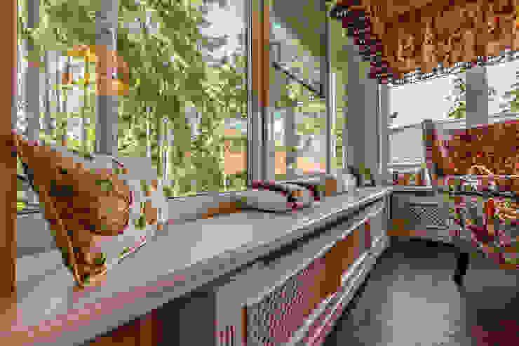 Дизайн бюро Оксаны Моссур Classic style dining room Amber/Gold