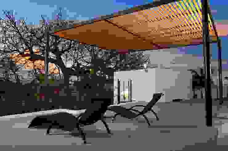 Terrazas de estilo  de FRACTAL CORP Arquitectura, Moderno