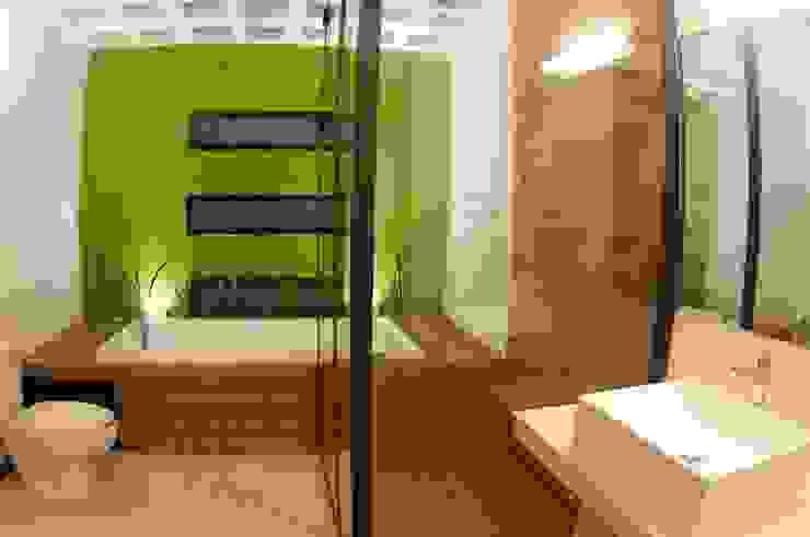 BAÑO PRINCIPAL Baños modernos de FRACTAL CORP Arquitectura Moderno