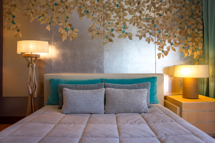 Eclectic style bedroom by José António Andrade Interiors Eclectic