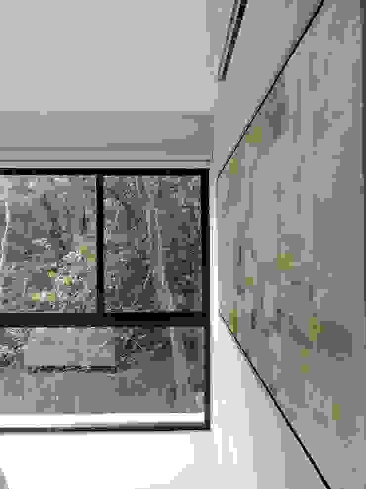 VILLAS YAXXIK, ALDEA ZAMÁ Dormitorios tropicales de Vau Studio Tropical