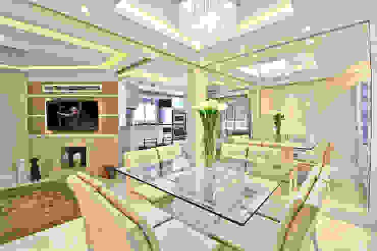 SALA DE JANTAR Salas de jantar modernas por Graça Brenner Arquitetura e Interiores Moderno MDF