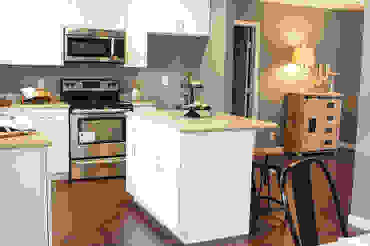 Home Staging San Antonio Tx Leon Valley: Cocina Cocinas rurales de Noelia Ünik Designs Rural
