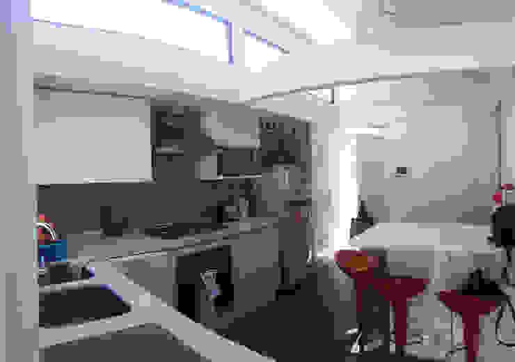 Remodelacion y ampliación Casa G. Cocinas de estilo moderno de Toledo estudio Arquitectos Moderno