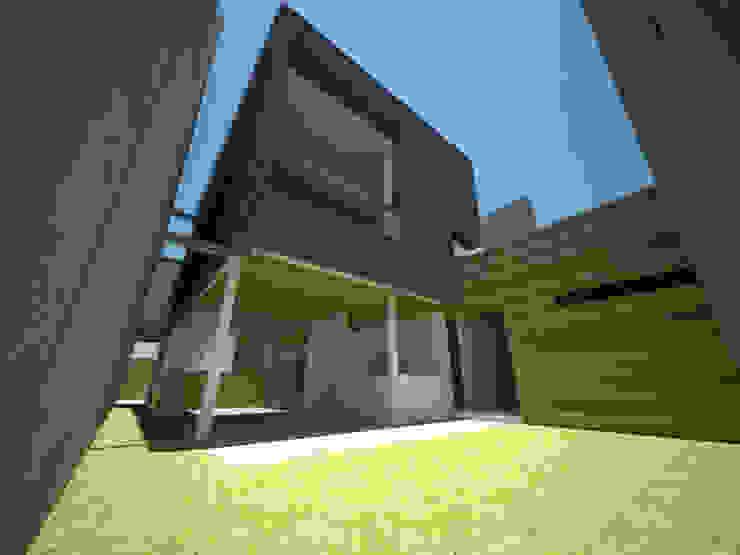 Casa Jara-Andrade, Iquique… Tramas, vacío y luz. Casas estilo moderno: ideas, arquitectura e imágenes de Toledo estudio Arquitectos Moderno