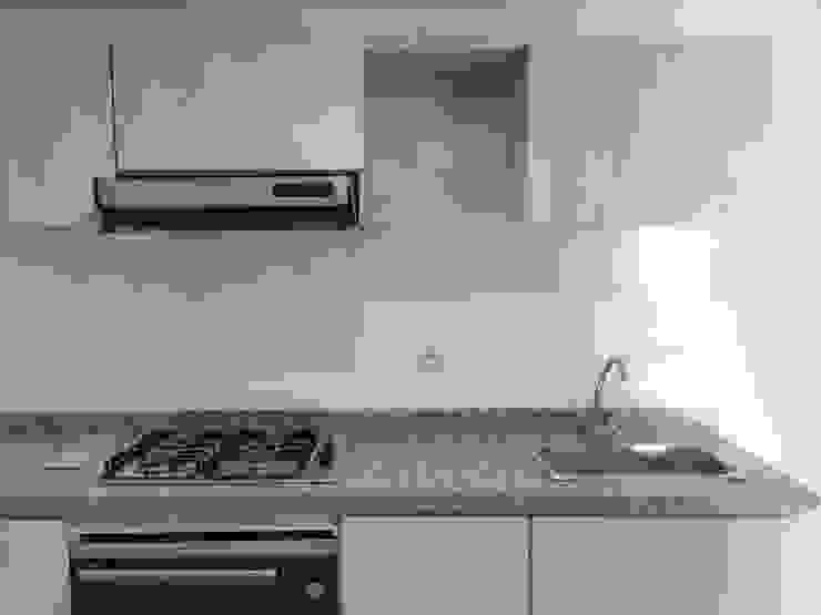 Cocina Cocinas modernas de FARIAS SAS ARQUITECTOS Moderno Granito