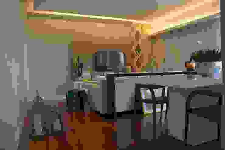 Reforma apartamento J L Salas de estar modernas por arquitetura.ac Moderno