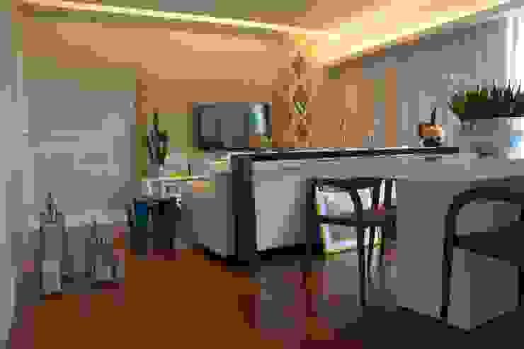 Reforma apartamento J L Salas de jantar modernas por arquitetura.ac Moderno