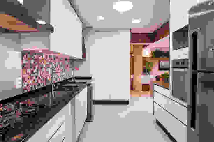 Cozinha Cozinhas modernas por Amanda Pinheiro Design de interiores Moderno Mármore