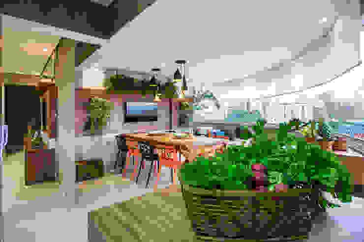 Modern Terrace by Amanda Pinheiro Design de interiores Modern