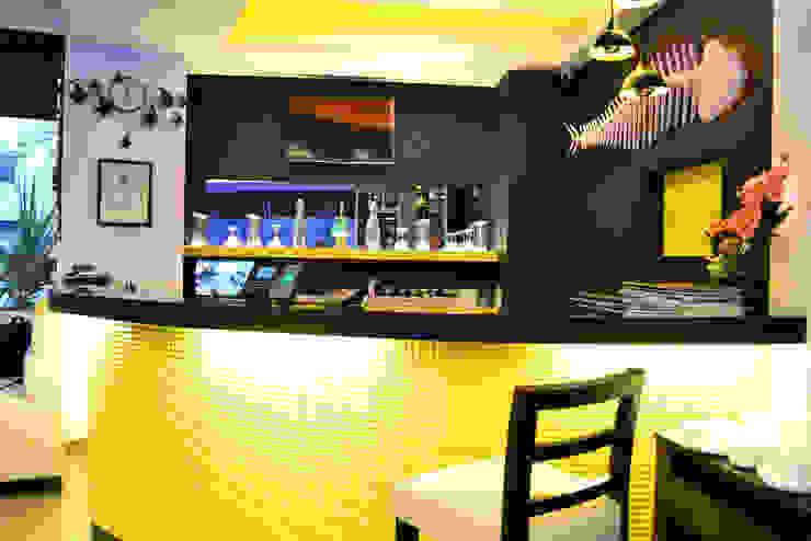 Masemari Chinjabi Restaurant Modern bars & clubs by ogling inches design architects Modern