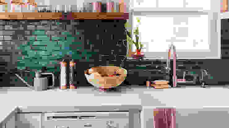 Kitchen by Evinin Ustası, Tropical