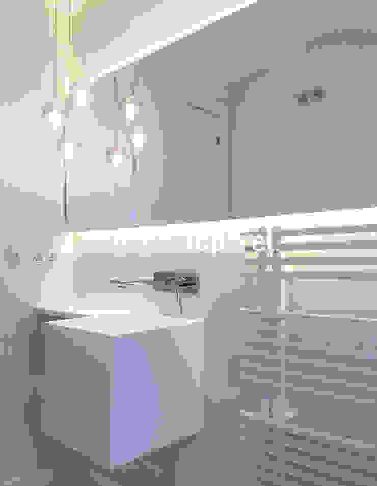 Salle de bain moderne par Topcret Moderne