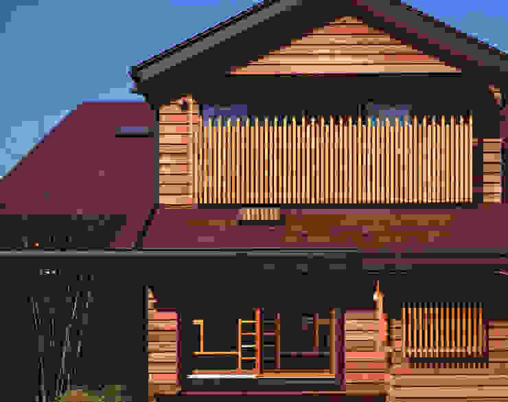 赤羽M邸-外観-近景 オリジナルな 家 の アイプランニング オリジナル 木 木目調