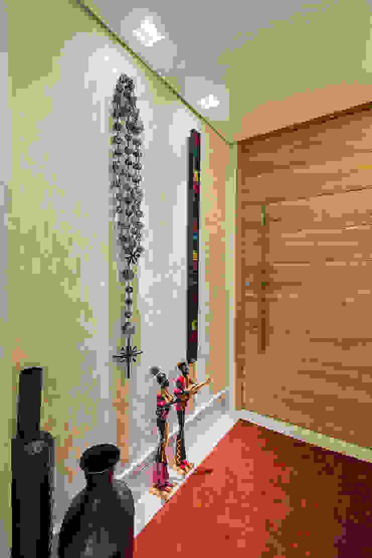 Hành lang, sảnh & cầu thang phong cách tối giản bởi MEIUS ARQUITETURA Tối giản