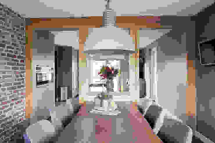 Keuken stoer eiken hout met werkplek van Wood Creations