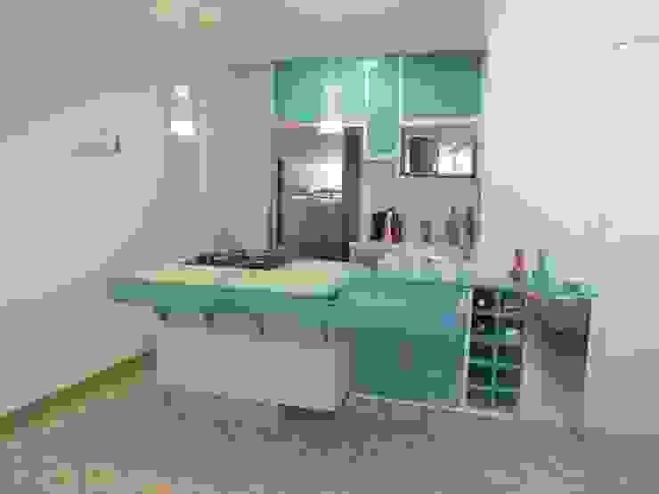 Cozinha integrada Cozinhas tropicais por Rachel Avellar Interiores Tropical MDF