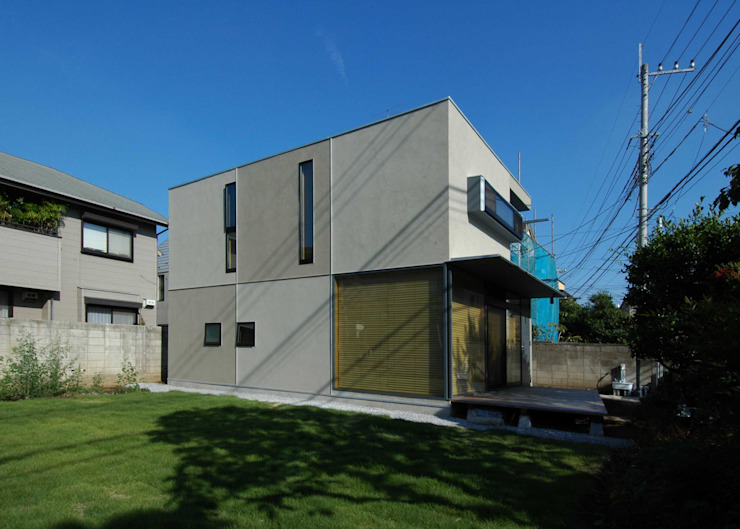M+2 Architects & Associates Casas estilo moderno: ideas, arquitectura e imágenes Beige