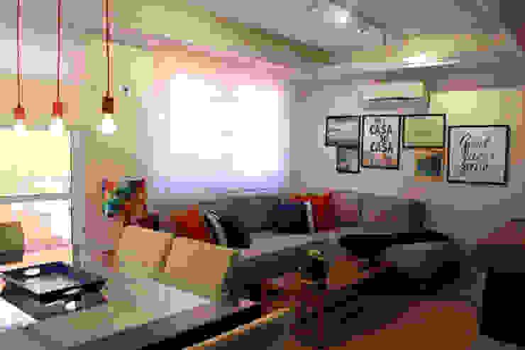 CASA NP Salas de estar modernas por Projeto Bem Bolado Moderno