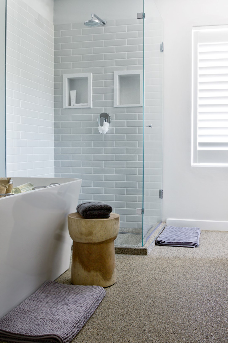 Main en-suite Modern bathroom by Salomé Knijnenburg Interiors Modern