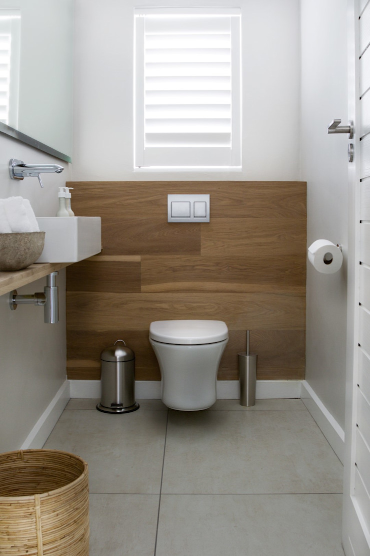 Guest Toilet Modern bathroom by Salomé Knijnenburg Interiors Modern