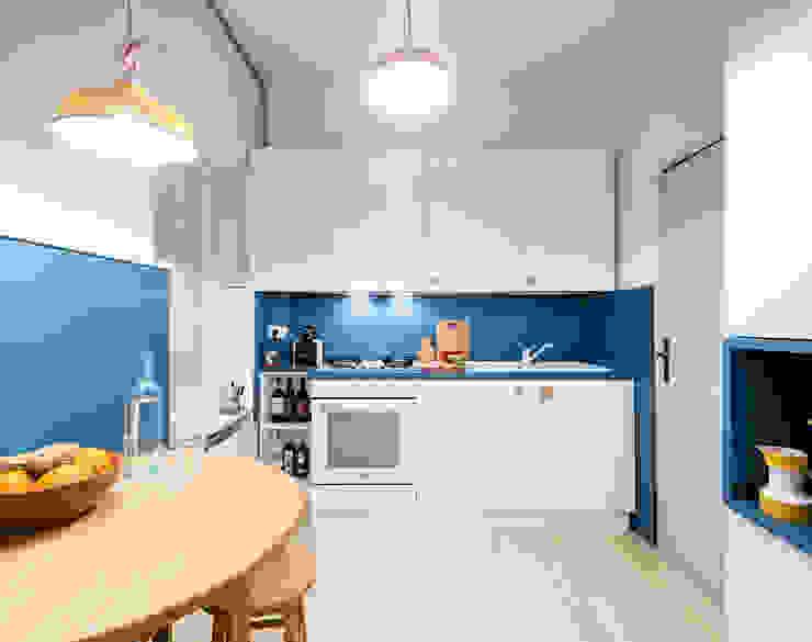 23bassi studio di architettura KitchenCabinets & shelves