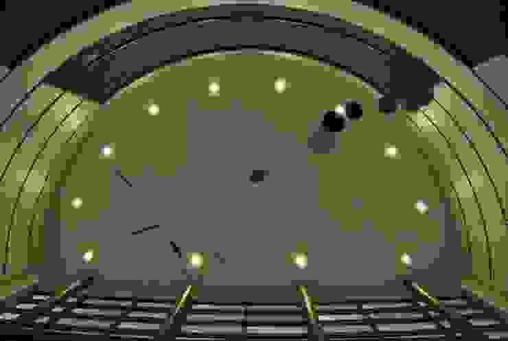 Móvil aéreo. de Brito Arte y Diseño Moderno