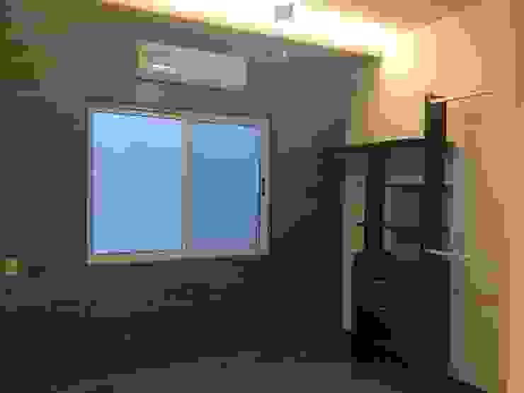 DEPARTAMENTO TRINITY Dormitorios modernos de MONACO GRUPO INMOBILIARIO Moderno