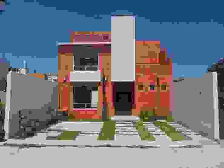 Modern Houses by Rueda Arquitectura y Bienes Raíces Modern