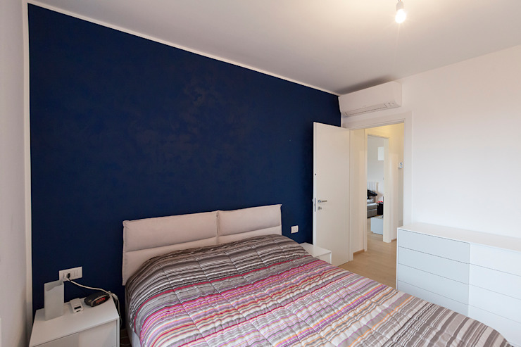 Modern Bedroom by Laura Galli Architetto Modern