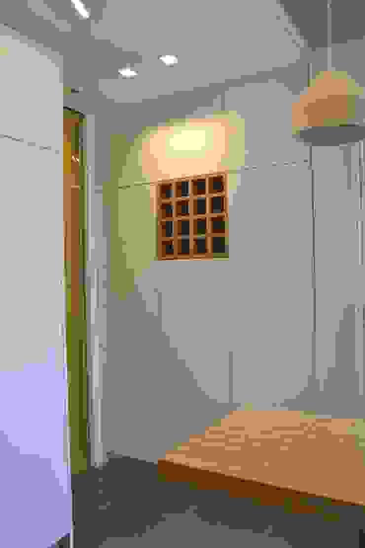 Modern style kitchen by Architetto Valentina Longo Modern