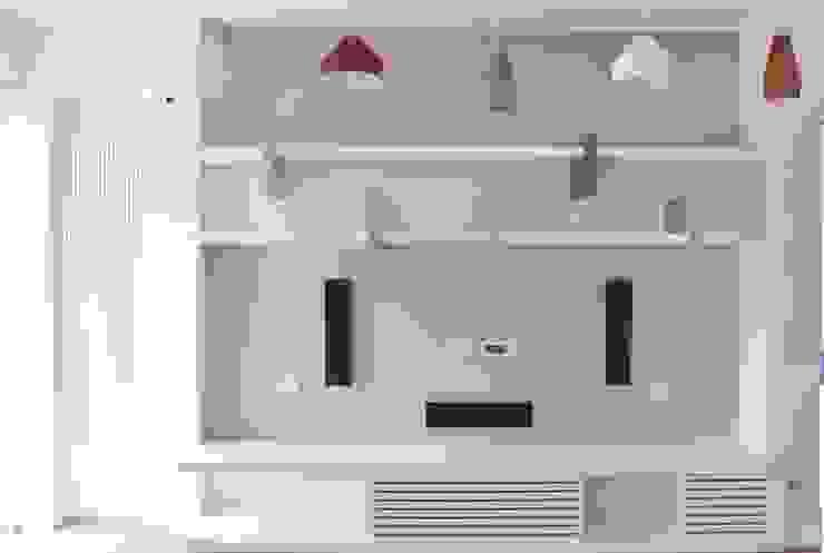 by Architetto Valentina Longo Modern