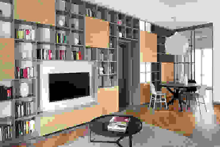 Modern living room by disegnoinopera Modern
