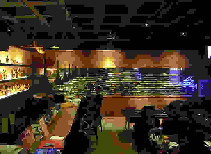 天津 DELIGHTS餐廳1樓 根據 直譯空間設計有限公司 古典風