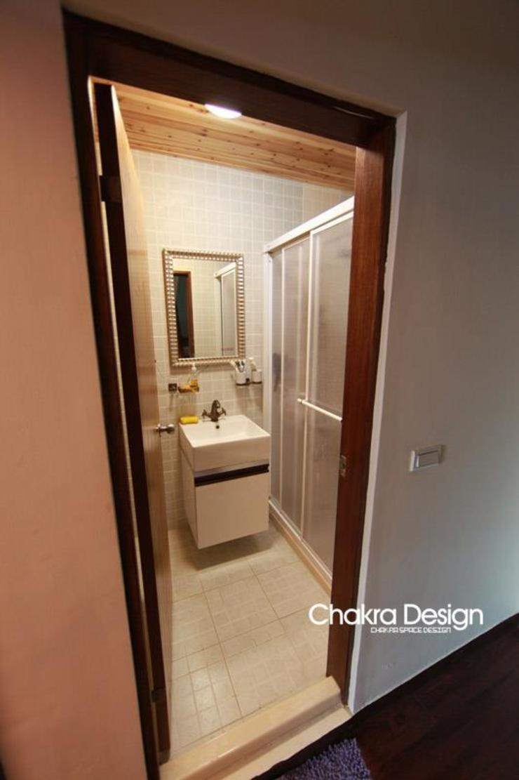 Country style bathroom by 七輪空間設計 Country